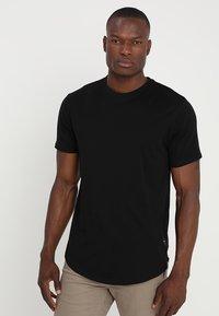 Only & Sons - ONSMATT LONGY 7 PACK - T-shirts - white/black/light grey melange - 4