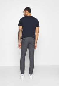 Jack & Jones PREMIUM - JJIMARCO JJSTUART - Broek - black - 2