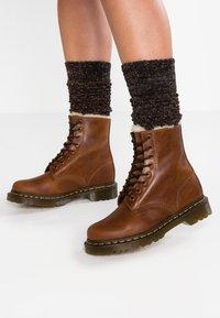 Dr. Martens - 1460 SERENA - Lace-up ankle boots - butterscotch orleans - 0