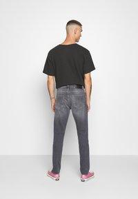 Tiger of Sweden Jeans - PISTOLERO - Straight leg -farkut - black - 2