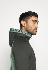 Peak Performance - RIDER ZIP HOOD - Zip-up hoodie - coniferous green - 3