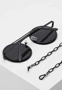 Urban Classics - CHAIN SUNGLASSES - Sunglasses - black/black - 4
