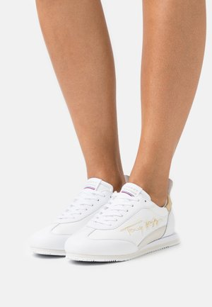 SIGNATURE RETRO RUNNER - Sneakers laag - white