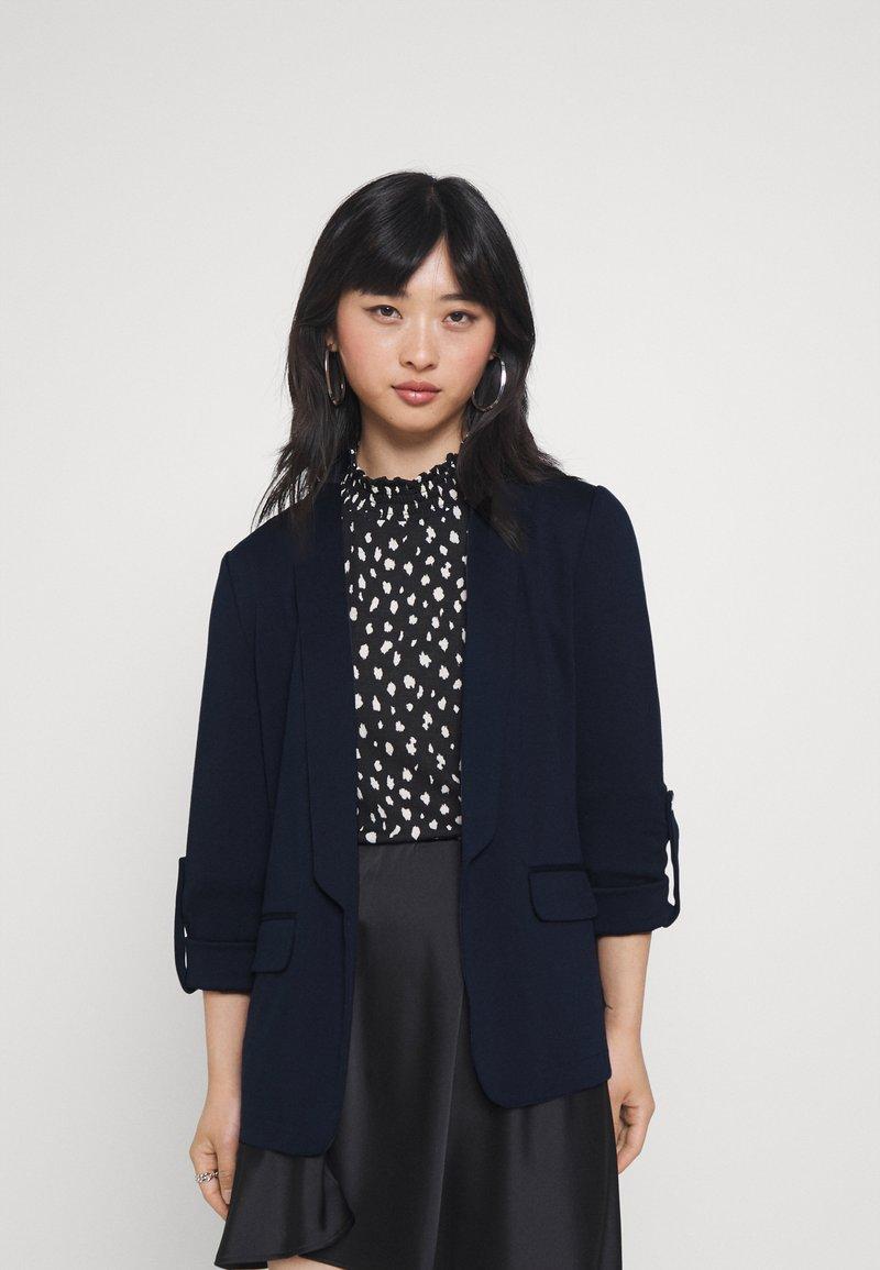 Vero Moda Petite - VMNYA GABBY - Blazer - navy blazer