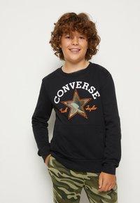 Converse - UTILITY CREW - Felpa - black - 0