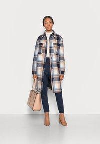 TOM TAILOR DENIM - LONG CHECK OVERSHIRT - Classic coat - cosy blue - 1