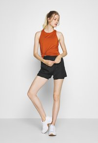 Even&Odd active - Sports shorts - black - 1