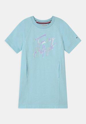 SCRIPT PRINT  - Denní šaty - frost blue