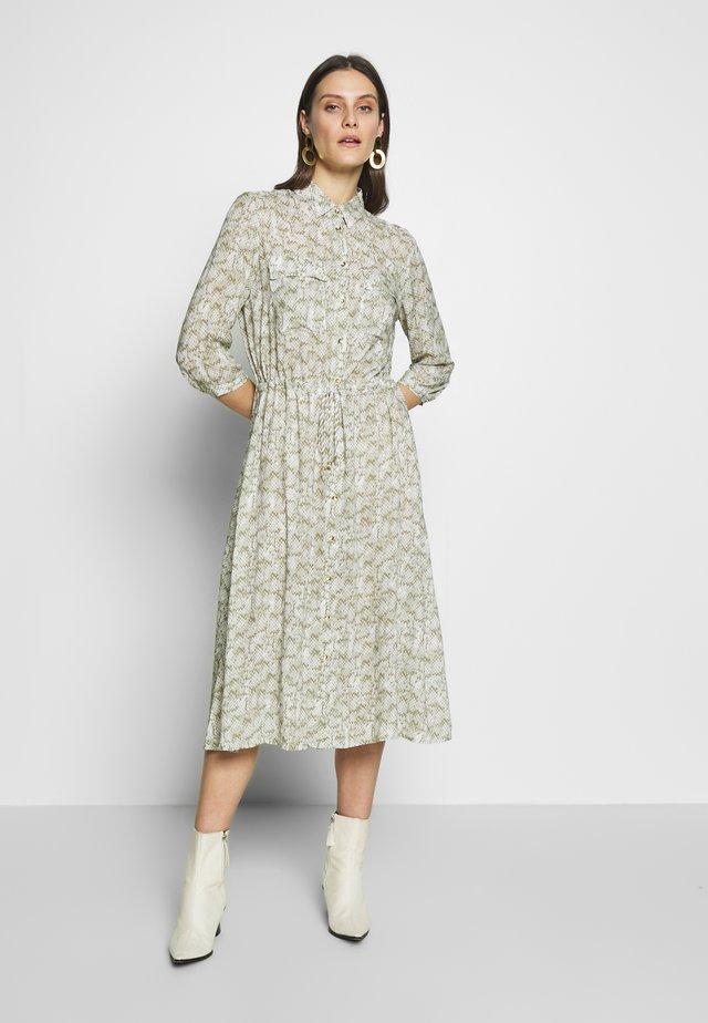 Robe chemise - khaki leaf