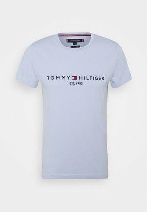 LOGO TEE - Print T-shirt - breezy blue
