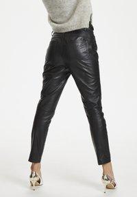 Denim Hunter - Leather trousers - black - 5