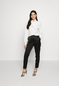 Pinko - IRISH BLUSA - Skjorte - white - 1