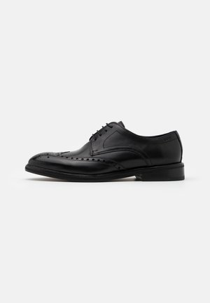PERO KLEITOS BROUGE LACE UP - Smart lace-ups - black