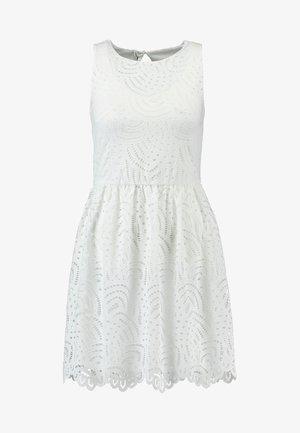 ONLEDITH DRESS - Koktejlové šaty/ šaty na párty - cloud dancer