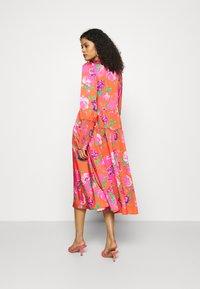 Cras - MILLACRAS DRESS - Paitamekko - pink - 2