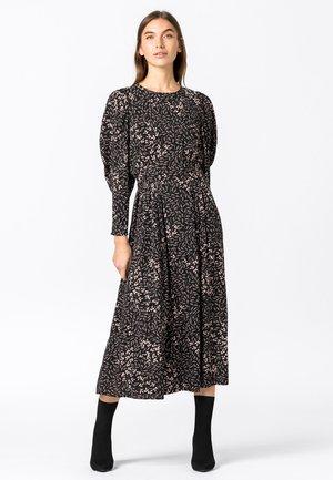 MIT BALLONÄRMELN - Day dress - schwarz