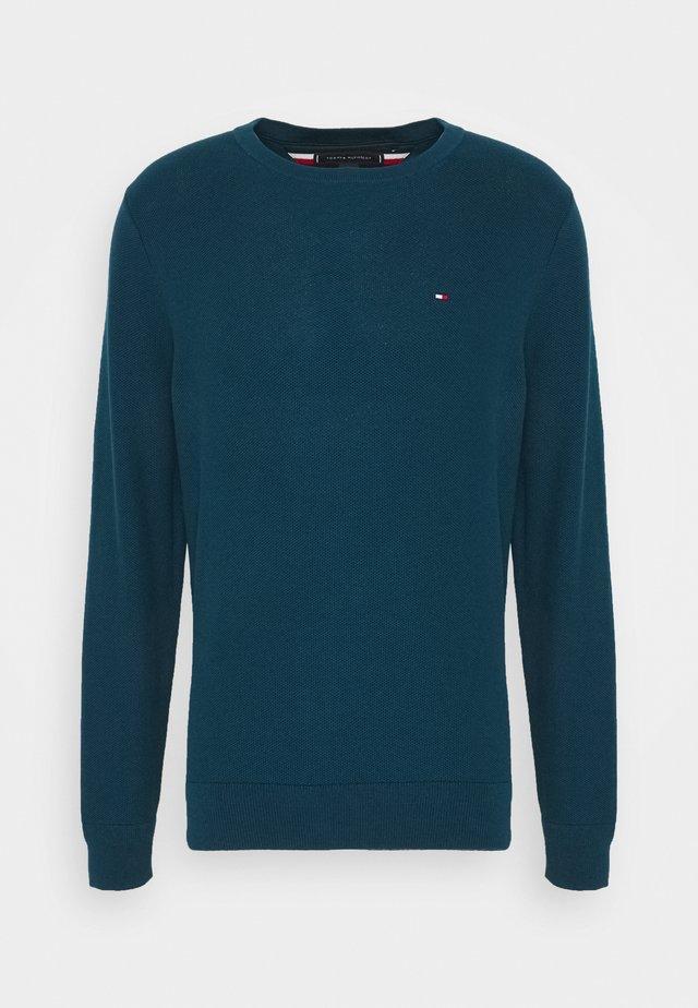 HONEYCOMB CREW NECK - Jersey de punto - blue