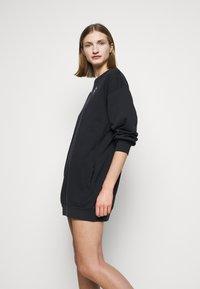 Pinko - DIZIONE ABITO - Denní šaty - black - 3