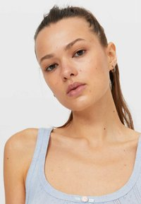 Stradivarius - MIT LOCHMUSTER  - Top - mottled blue - 3