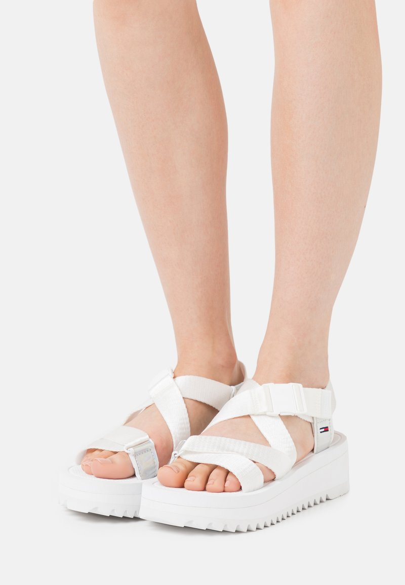 Tommy Jeans - IRIDESCENT STRAPPY - Platform sandals - white