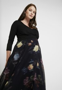 Seraphine - PETUNIA WRAP NURSING GOWN - Maxi dress - black - 4