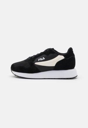 RETROQUE  - Sneakersy niskie - black