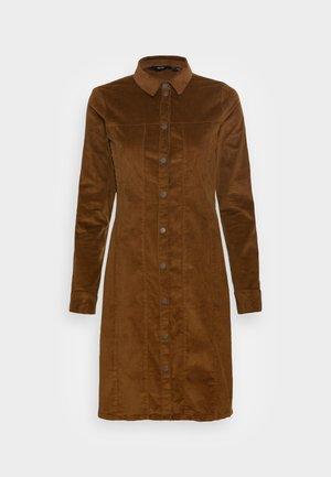 VMAVIIS STITCH  DRESS - Shirt dress - emperador