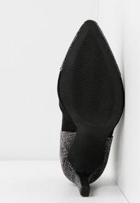 Marco Tozzi - Højhælede støvletter - black - 6