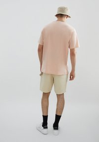 PULL&BEAR - Print T-shirt - orange - 2