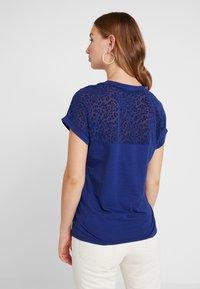 ONLY - ONLBURNOUT - Basic T-shirt - blue - 2