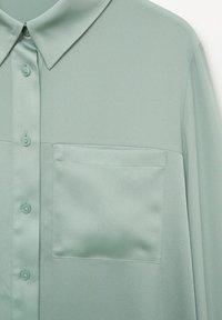 Mango - BIMA - Button-down blouse - vert - 7