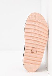 Dr. Martens - VOSS - Platform sandals - pink salt - 6