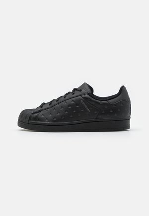PHARRELL WILLIAMS SUPERSTAR - Tenisky - core black