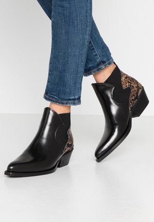 CORALL CHELSEA - Ankle boots - black