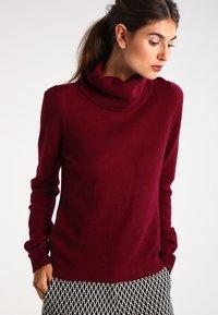 Zalando Essentials - CASHMERE - Strickpullover - dark red - 0