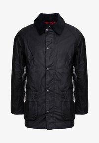 ASHBY WAX JACKET - Lehká bunda - black
