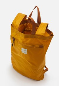 anello - SIMPLE TOTE BACKPACK - Rucksack - mustard - 2