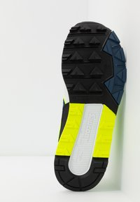 Saucony - AZURA - Sneakers laag - white/citron/denim - 4