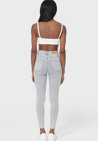 Stradivarius - Jeans Skinny Fit - light grey - 2