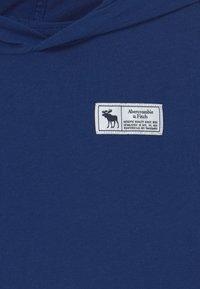 Abercrombie & Fitch - PRINT LOGO HOOD  - Camiseta de manga larga - blue sku - 2