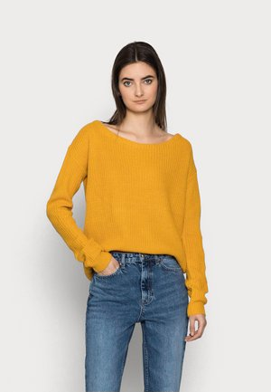 OPHELITA OFF SHOULDER JUMPER - Strikkegenser - mustard