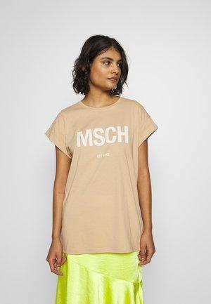 ALVA TEE - Print T-shirt - sand/egret