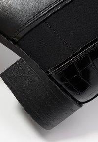 New Look Wide Fit - WIDE FIT ANDIE - Kotníková obuv - black - 2