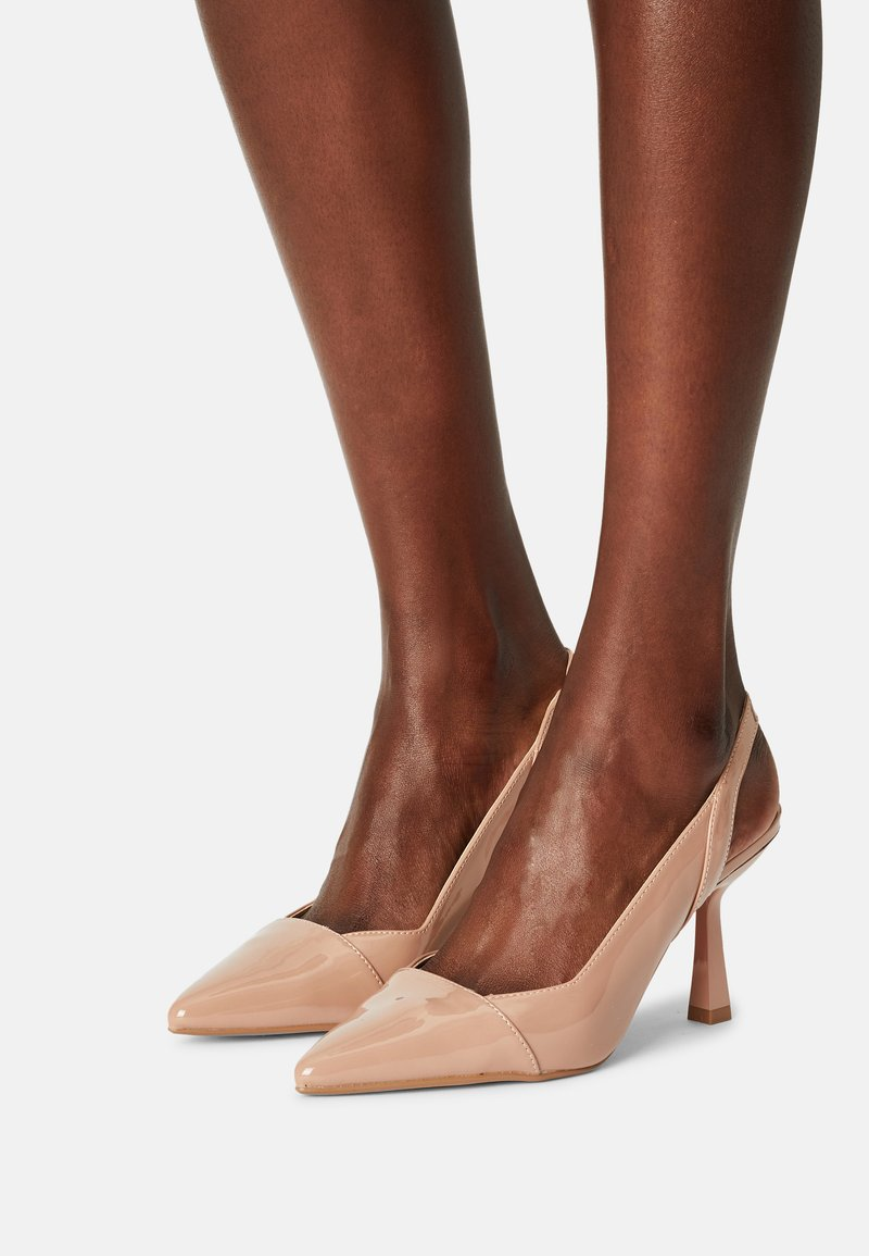 Dorothy Perkins Wide Fit - WIDEDESIRE POINT SLING COURT - Escarpins - nude