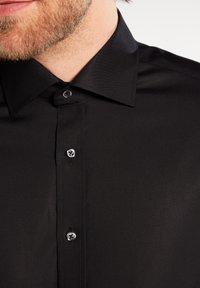 Eterna - FITTED WAIST - Shirt - black - 3