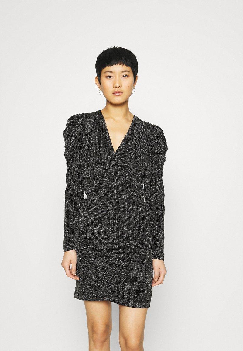 Second Female - CRAWFORD DRESS - Koktejlové šaty/ šaty na párty - black
