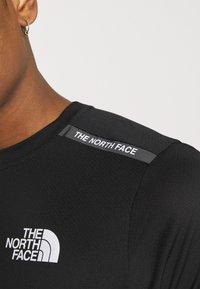 The North Face - TEE  - Printtipaita - black - 6