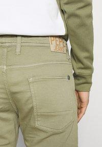 Pepe Jeans - JAGGER  - Farkkushortsit - palm green - 4