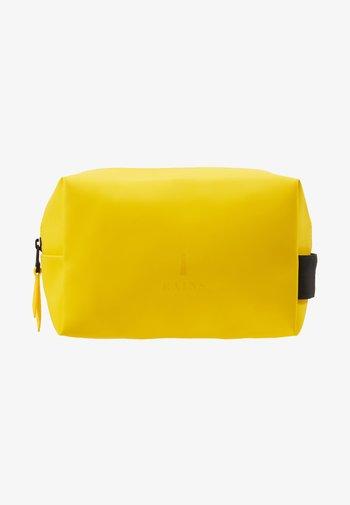 WASH BAG SMALL UNISEX