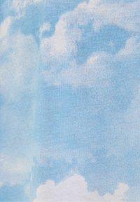 Bershka - Print T-shirt - light blue - 5